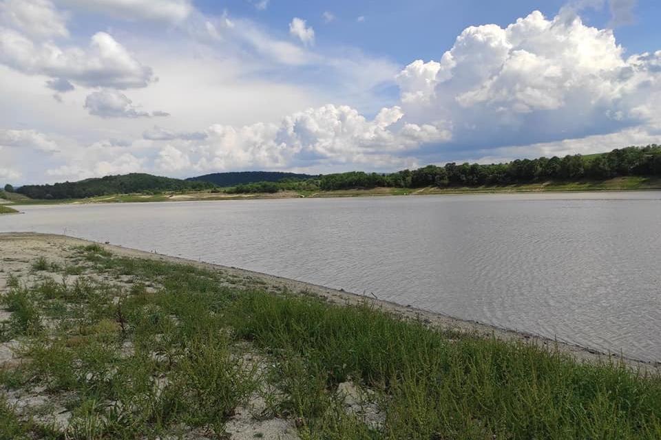 """Земеделците в регионите Сливен и Ямбол няма да плащат повече за напояване тази година, цената на водата, доставяна от """"Напоителни системи – Клон Средна..."""
