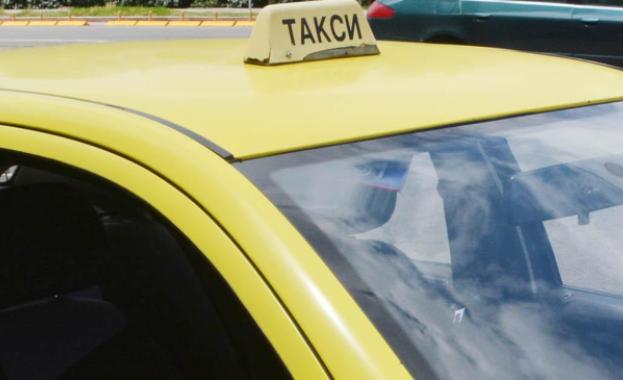 Цените на таксиметровите услуги в община Стралджа и догодина ще останат без промяна. За това се споразумяха заместник-кметът на общината Гроздан Иванов...