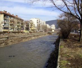 Няма опасност от преливане на реки и язовири на територията на община Сливен