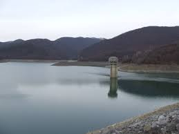 Няма опасност от режим на водоснабдяването в Сливен към момента. 35 процента от водоподаването се осъществява от помпените станции на река Тунджа, а останалите...
