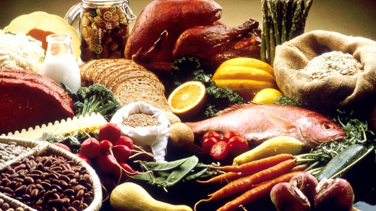 Към момента промяна в цените на основните храни в потребителската кошница на българите няма. Промяната стана в края на 2019-а, когато имаше световни тенденции...
