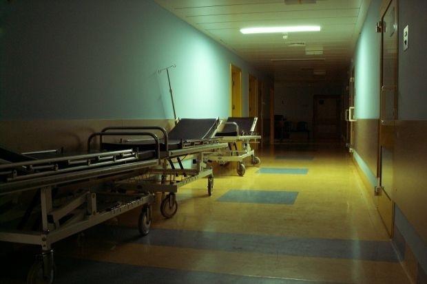 """Министърът на здравеопазването Кирил Ананиев получи окончателния доклад от проверката, която възложи на Изпълнителна агенция """"Медицински надзор"""" по случая..."""