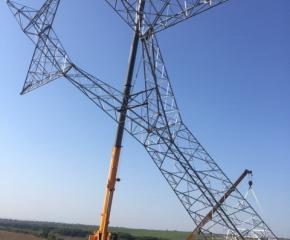 Обезщетяват земеделски стопани, заради електропровод