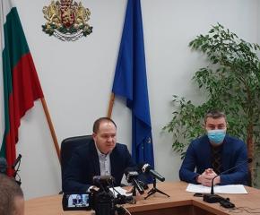 """Областният управител с коментар по проблема с транспортното обслужване в община """"Тунджа"""""""