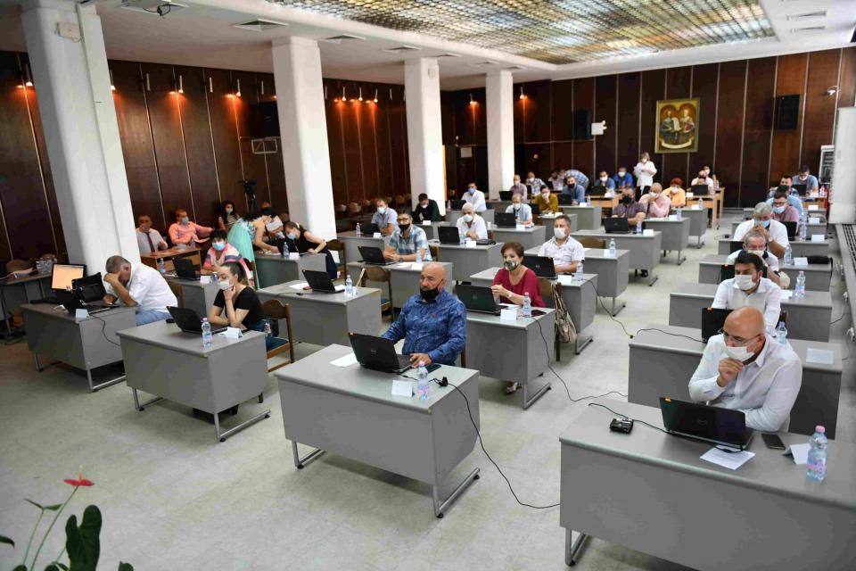 Извънредна сесия на Общински съвет-Сливен е насрочена за 25 януари, понеделник. Една точка е заложена в дневния ред. Тя касае упълномощаване на представителна...