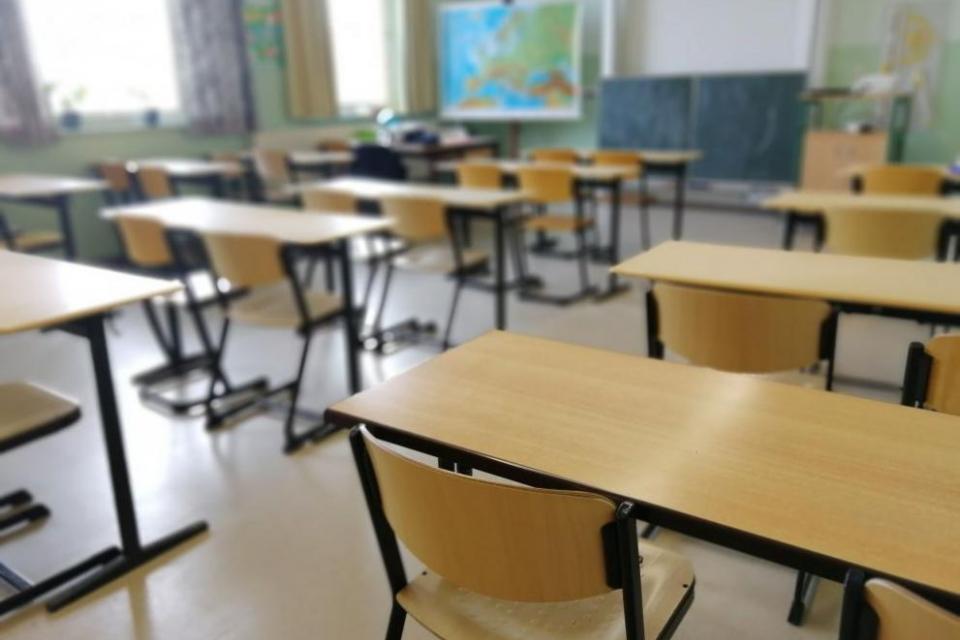Намалява броят на децата, постъпващи в първи клас и броят на децата, кандидатстващи за първи клас в училищата от централната градска част на Сливен, сочи...