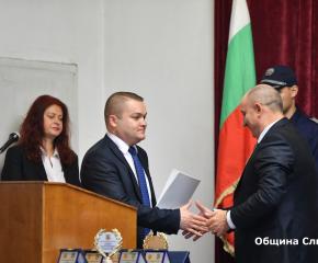Община Сливен поздрави българската полиция по повод професионалния й празник