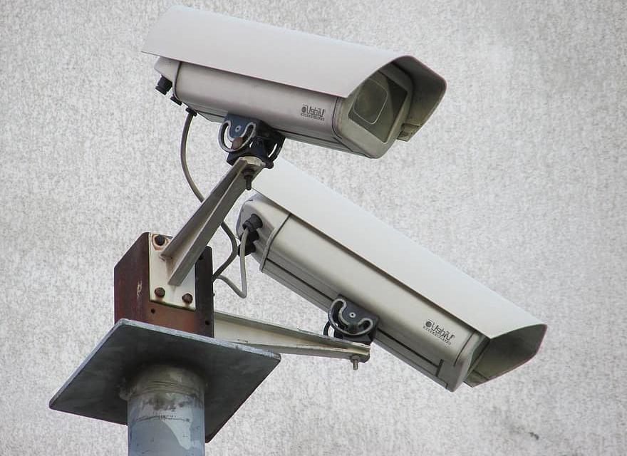 Продължава разширяването на обхвата на системата за видеонаблюдение в община Сливен, заяви днес пред журналисти кметът Стефан Радев. Такава система ще...