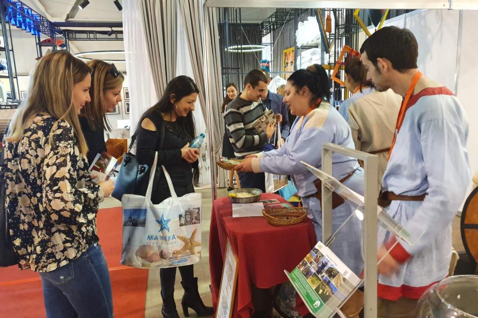 """37-ото издание на Международната борса """"Ваканция&СПА Експо"""" беше открито в София от министъра на туризма Николина Ангелкова. Изложението е платформа, която..."""