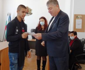 """Община Тунджа награди десетте спортисти на """"Априлец"""" за годината"""