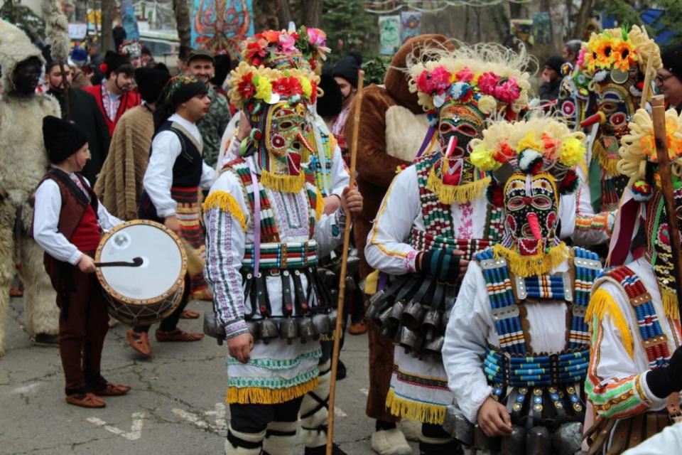 """Предстои едно емблематично събитие- """"Кукерландия"""", с организатори общините """"Тунджа"""" и Ямбол. Маскарадният фестивал """"Кукерландия"""" ще се проведе в периода..."""