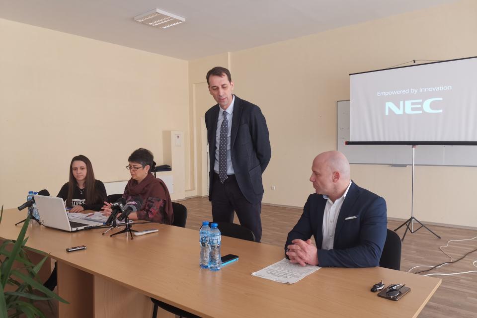 Кметът на Ямбол Валентин Ревански и неговият заместник Енчо Керязов представиха възможности за кандидатстване и включване в две от програмите на Министерството...