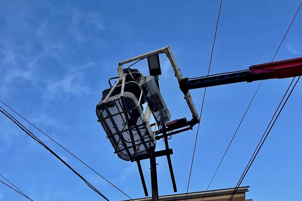 Oбщина Ямбол получи дарение от 150 осветителни тела за града с мощност от 100, 50 и 30 вата. Уличните LED лампи с най-висока мощност ще бъдат използвани...
