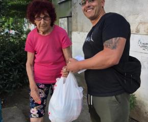 Община Ямбол и Превантивно-информационен център към Общински съвет по наркотични вещества подпомагат хора в неравностойно положение с хранителни продукти