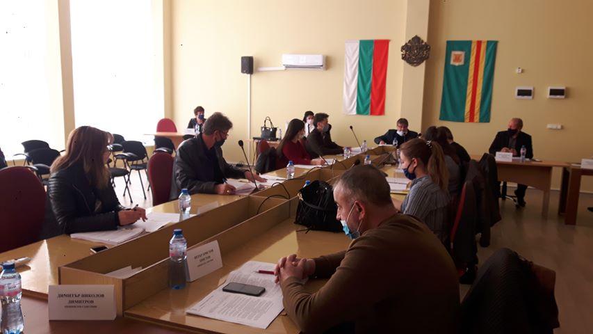 Заседание на Общински съвет Болярово ще се проведе на 25 юни. След близо 3-месечно прекъсване, на него ще присъстват отново и кметовете и кметските наместници...