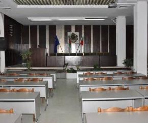 Общински съвет-Сливен преустановява дейността си до 13 април 2020 година