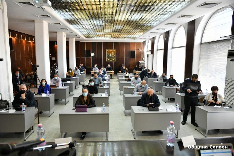 Общински съвет-Сливен се събира на редовно заседание този четвъртък, 20 май. По отношение на дневния ред председателят му Димитър Митев посочи, че точките...