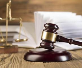 Обвинени за финансови злоупотреби изчакват решението на съда