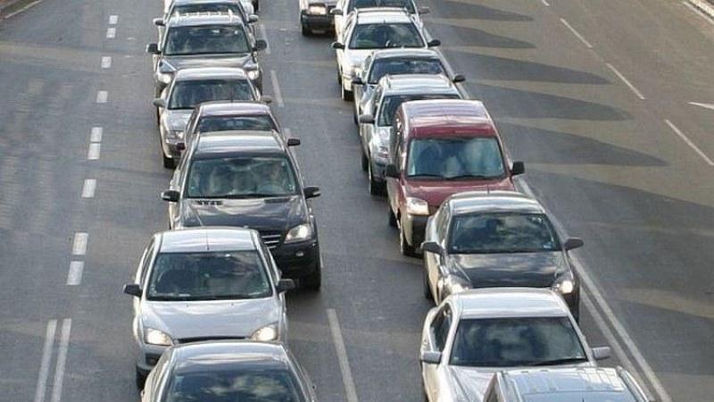 Във връзка с очаквания интензивен трафик в края на почивните дни около 24-ти май, от АПИ призовават да се планира по-внимателно времето за пътуване и при...