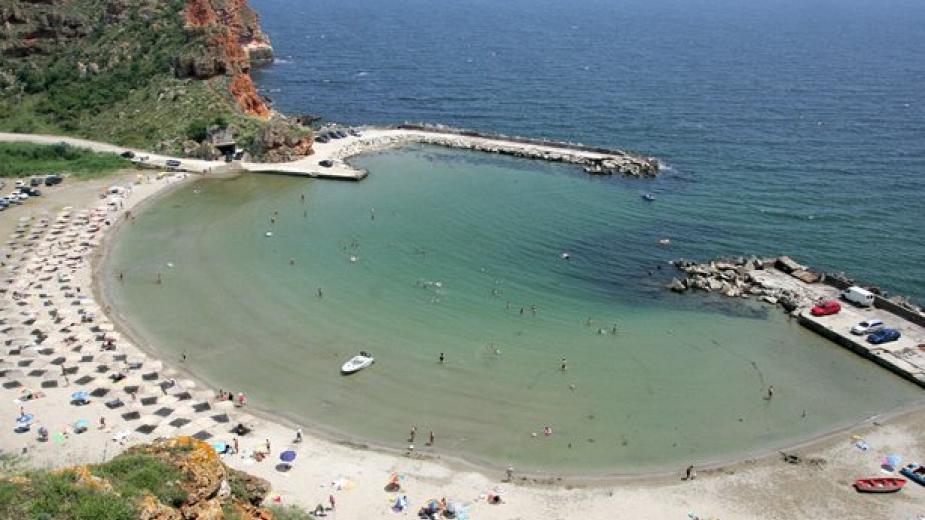 Сериозен спад на туристи по българското Черноморие отчитат до този момент в туристическия бранш, съобщава БНТ. Основната причина е в непрекъснато променящата...