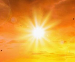 Очакват ни слънчеви и горещи почивни дни