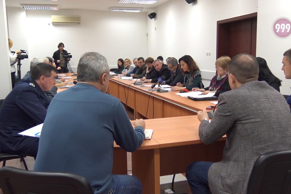 """С оглед на откритите положителни проби за АЧС в селата Поляна и Савино от Държавното горско стопанство """"Тунджа"""" предприеха всички мерки за ограничаване..."""