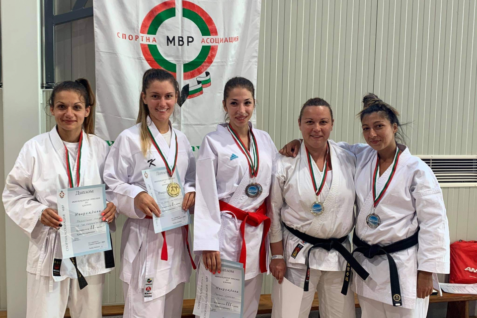Призовото второ място в Националния преглед по полицейска лична защита и Републиканското първенство по карате за служители на МВР, проведено в Кранево,...