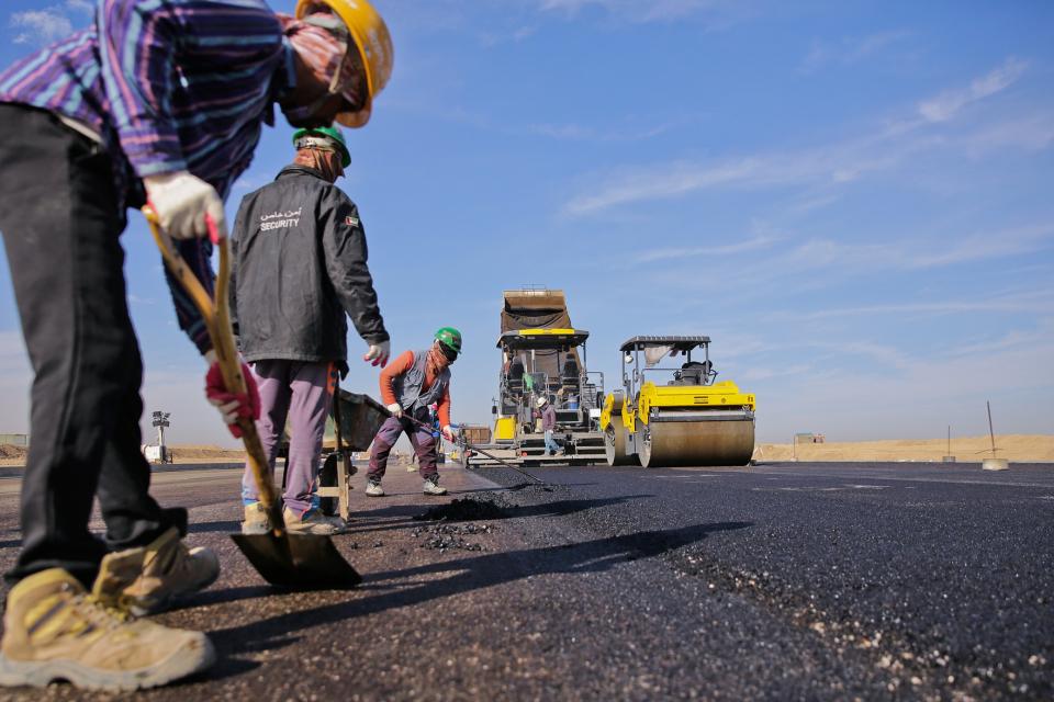 """От днес /29 октомври/ в следобедните часове се ограничава движението от 195-ти км до 202-ри км на АМ """"Тракия"""" в платното за Бургас заради ремонт на 2-километров..."""