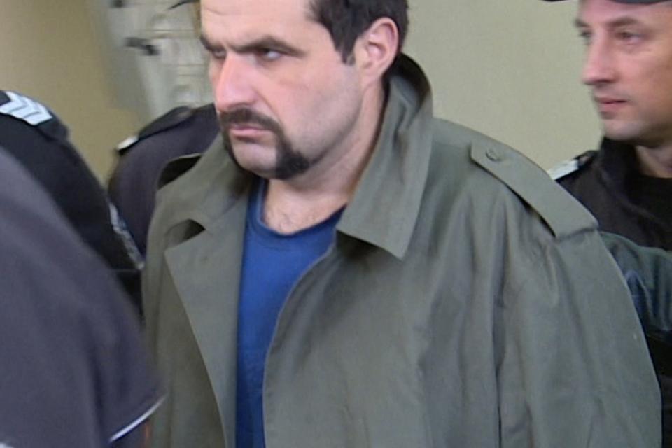 Бившият легионер Иван Пачелиев ще бъде обвинен в убийство на медицински специалист, при и по повод изпълнение на служебните му задължения, съобщи окръжният...