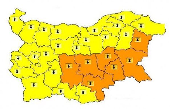 За петък, 31 юли, за цялата страна е отправено предупреждение за високи температури, като в 7 области на Югоизточна България кодът е оранжев и там се очакват...