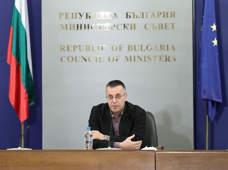 Нови 8 положителни проби в Ямбол и 2 в Сливен са потвърдени през вчерашния ден, съобщи секретарят на Националния оперативен щаб доц. Димо Димов. Сред тях...