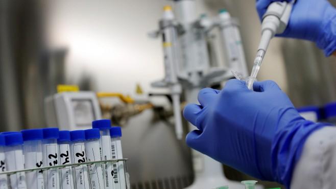 Още два класа са поставени под карантина заради ученици в 11 и в 7 клас с положителни проби за коронавирус, съобщиха от РЗИ – Ямбол. С установена зараза...