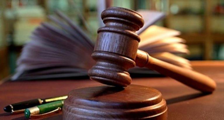 Поредна присъда за нарушаване на карантина наложи ямболският Районен съд вчера. Нарушителят е шофьор, поставен под задължителна 14-дневна карантина след...