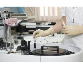 Още лекари, медицински сестри и санитари са заразени в Сливен за денонощие