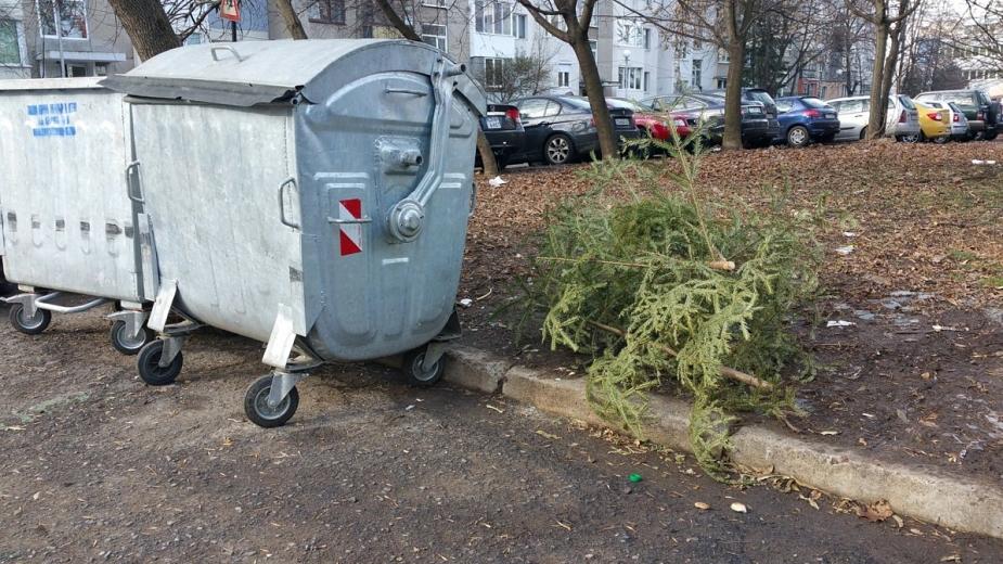 Граждани оспорват решението на Общински съвет – Елхово, с което е одобрен размера на такса битови отпадъци за всяко задължено лице в промили, и конкретно...