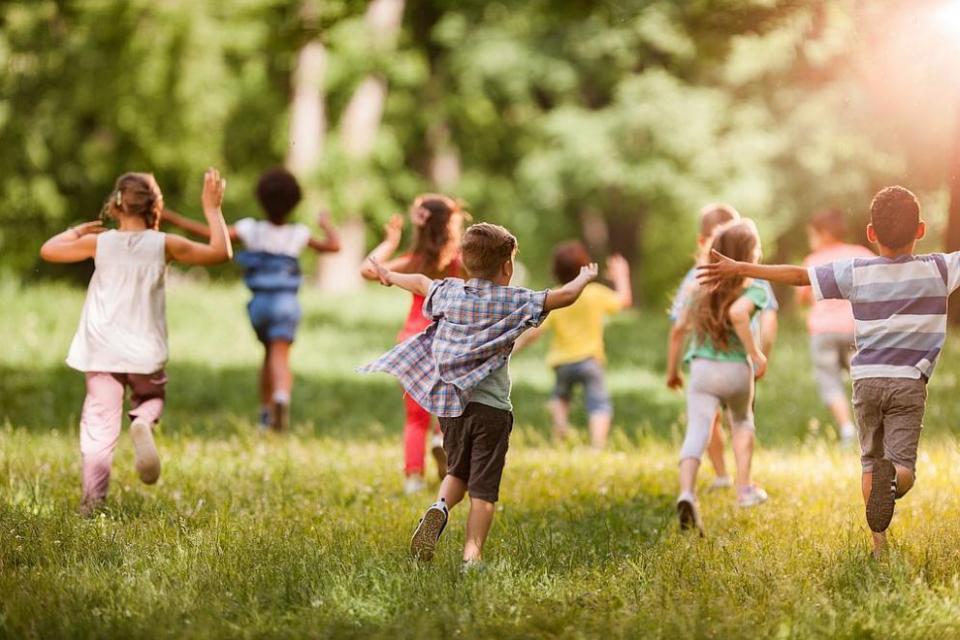 Отбелязваме Международния ден на детето. Празникът води началото си от Световната конференция по въпросите на детското здраве в Женева през 1925г. В цялата...