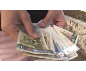 Откраднаха пари от апартамента на възрастна жена