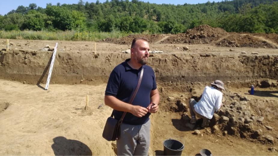 Средновековно селище от Първото българско царство и металургичен център от този период разкриха археолози в района на Ловешкото село Брестница. Разкопките...