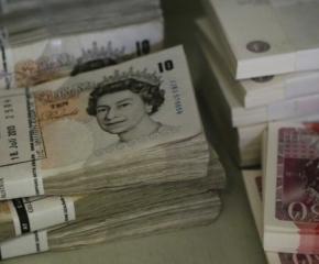 """Откриха недекларирани британски лири и евро на стойност от близо 2 милиона лева на """"Капитан Андреево"""""""