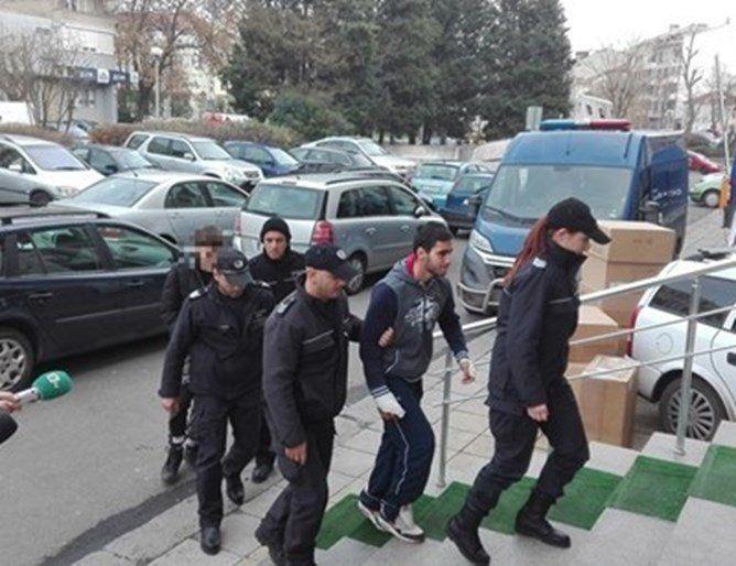 За 8 октомври беше отложено делото в Бургаския апелативен съд по жалбите на нападателите...