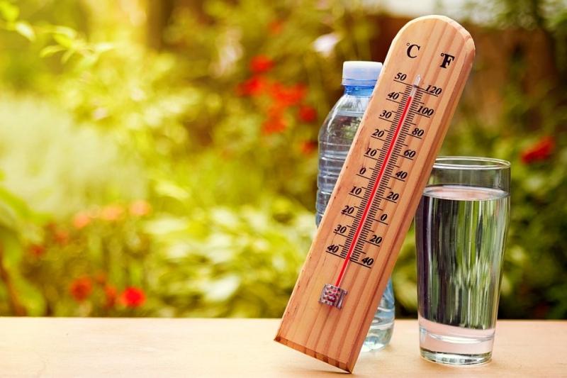 Оранжев код за високи температури е обявен за днес за почти цялата страна. В Ямбол кодър също е оранжев. Жълт е кодът само за областите Смолян, Силистра,...