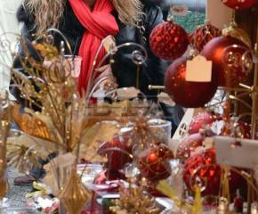 Оценяват търговците на Коледния базар в Ямбол за украса и добро обслужване
