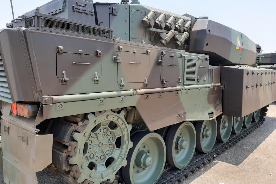 Министерството на отбраната днес ще отвори офертите за новите машини на пехотата. До финала бяха допуснати две компании - финландска и мултинационална...