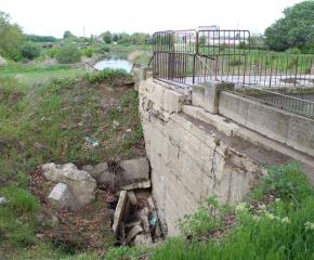 Парите за ремонта на преливника на Тунджа не стигнали