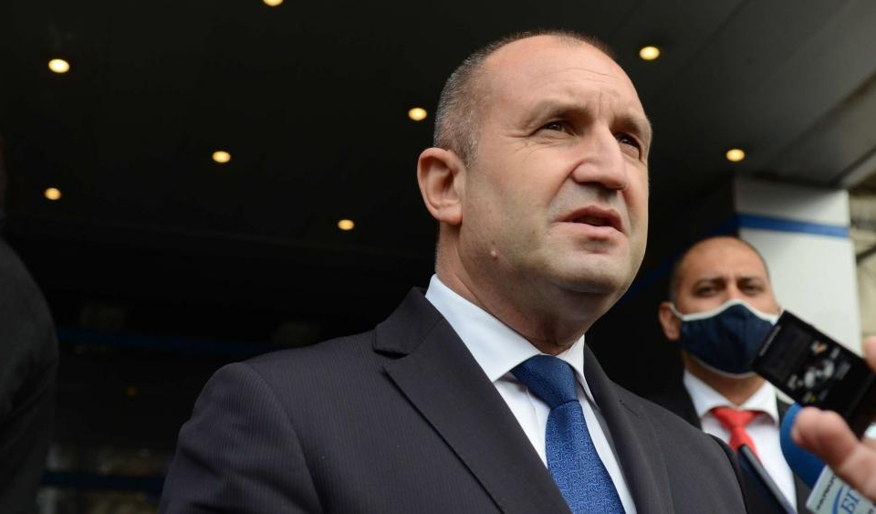 Парламентарните избори не трябва да бъдат отлагани, а да се проведат в срок, коментира президентът Румен Радев пред журналисти. Той посочи, че срокът за...