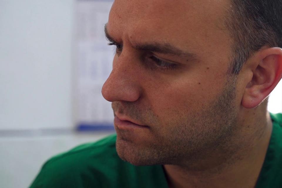 """Подкрепа за изпълнителния директор на МБАЛ """"Свети Пантелеймон"""" заяви персоналът на болницата в отворено писмо до министъра на здравеопазванетод-р Стойчо..."""