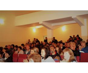 С Песен за Тунджа и много настроение посрещна село Скалица кандидата за кмет Георги Стоянов Георгиев