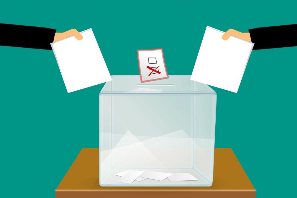Няма да могат да гласуват хората, които на 11 юли ще са на почивка в страната и не разполагат с регистриран настоящ адрес в населеното място, категорични...