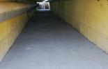 """Подлезът към бившето предприятие """"Ягода"""" в Ямбол отново беше почистен и осветен"""