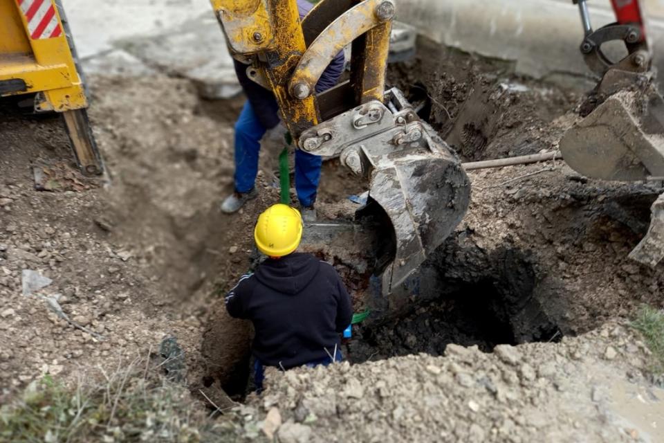 """Заради планови ремонти в сряда спират водата в част от Сливен Подменят уличен водопровод по ул.""""Преслав"""" в Ямбол, съобщават от """"ВиК"""". По тази причина..."""